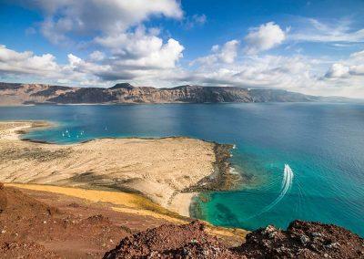 cima-montana-amarilla-vista-lanzarote