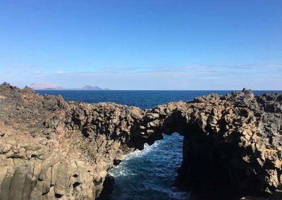arco-de-los-caletones-isla-de-la-graciosa