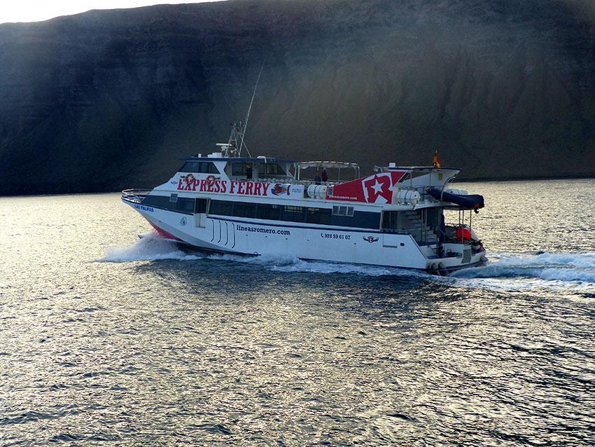 ferry Órzola lanzarote