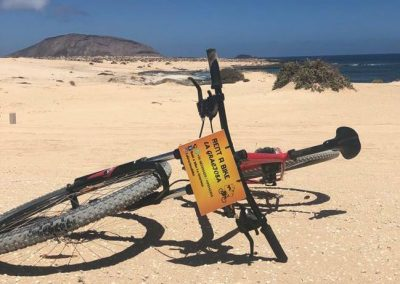 Playa-de-lambra-bicicleta-rent-a-bike