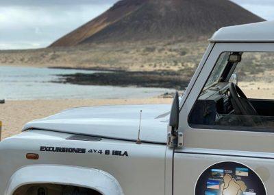 Taxi- Jeep- Aaron- Montaña- Amarilla