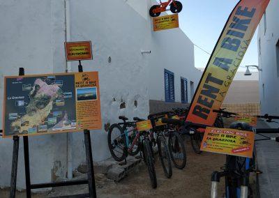 Rent-a-Bike-La-Graciosa-fachada